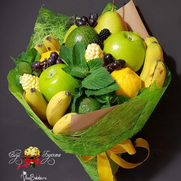 Букет из бананов, груш и зелени Тропико
